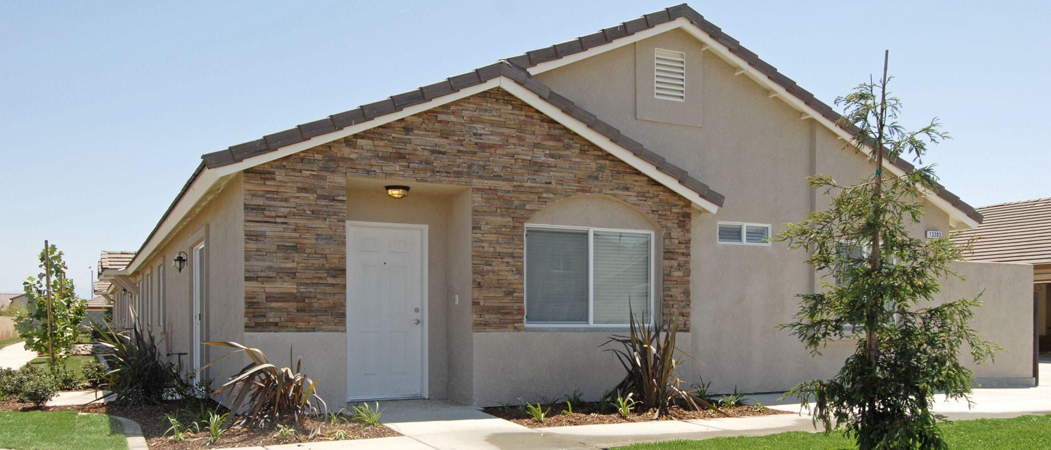 Evansport place apartments in bakersfield ca for Home builders bakersfield ca